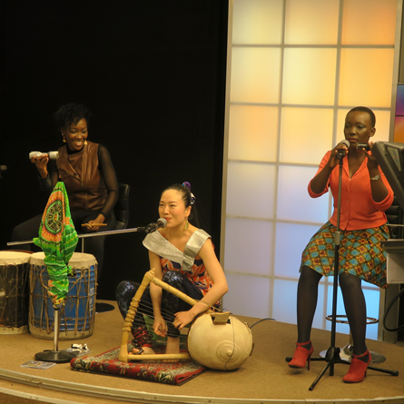 Anyango and her band performing Weche Ng'eny at The Trend Live